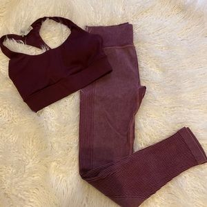 Women's sports bra (sm) & leggings (xs)